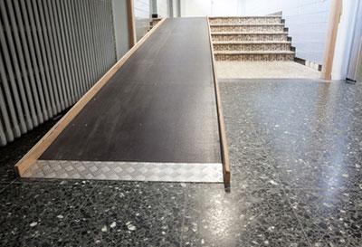 Adaptation du logement handicap / perte d'autonomie - Aménagement d'une rampe d'accès (SOliHA Ariège)