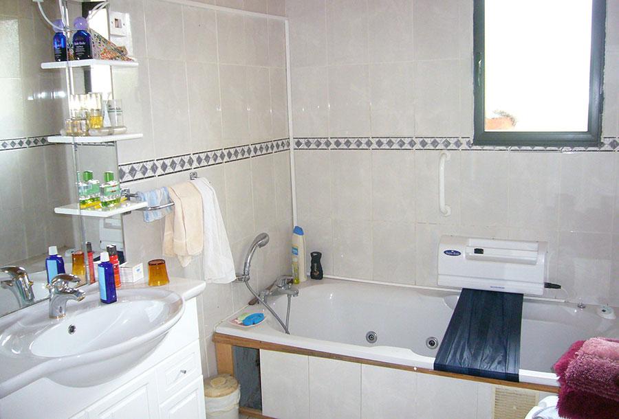 Exemple travaux Handicap - maintien à domicile (AVANT) - SOliHA Ariège